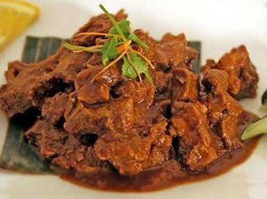 Masakan Berbahan Dasar Daging Sapi Ini Sangat Awet Dan Tahan Lama Sehingga Sering Dijadikan Bekal Para Warga Negara Indonesia Yang Melakukan Perjalanan Ke