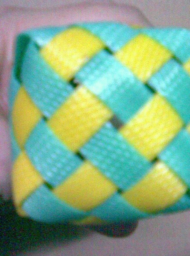 woven basket,reuse,weave from reuse