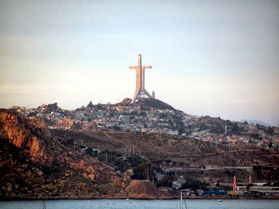 Monumento Cruz del Tercer Milenio