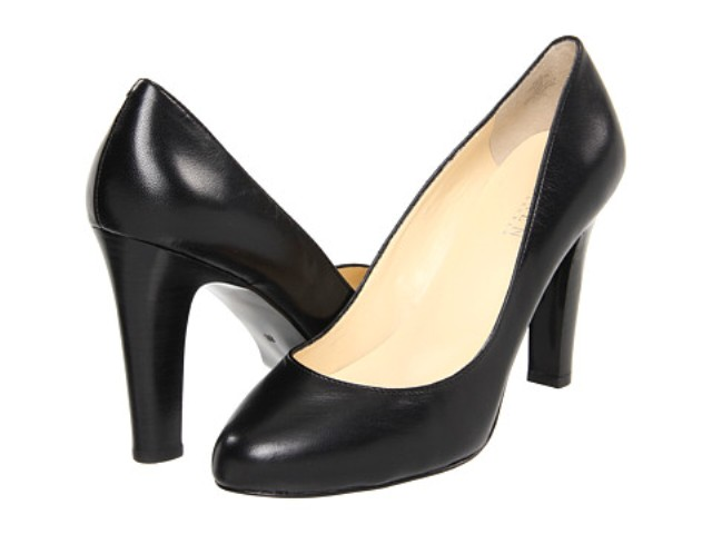 4936c4ee21 ... silhouetted black leather heel that looks beautiful, fits comfortably,  and goes with everything. Ladies (and gentlemen - we're equally opportunity  here ...