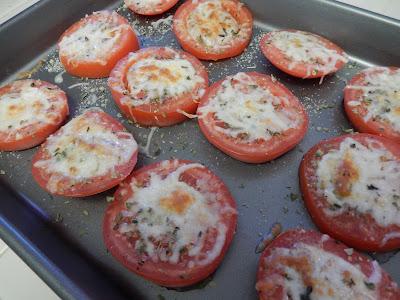 Pizza%2BTomatoes%2BEggface Weight Loss Recipes You Say Tomato, I Say Tomato Recipes