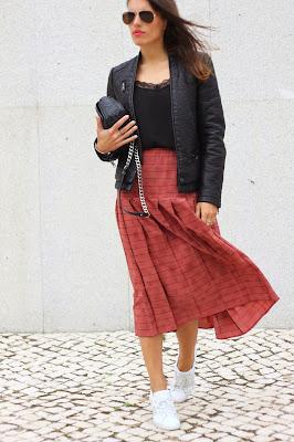http://ilovefitametrica.blogspot.pt/2014/11/the-skirt_8.html#more