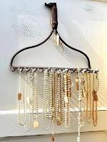 Rake Jewelry Organizer