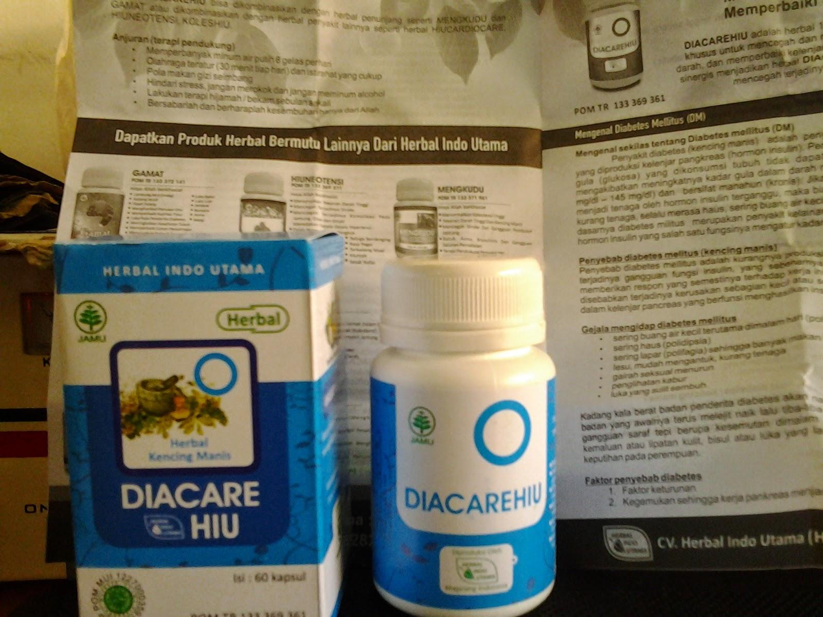 Minum herbal Diacare 3x sehari 3 kapsul