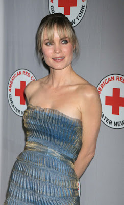 Radha Mitchell vestido fashion