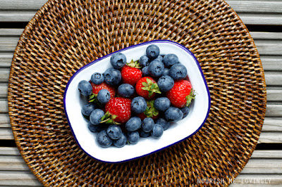 blueberries_and_strawberries