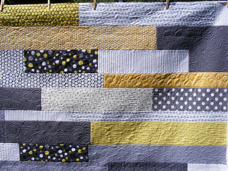 TIA CURTIS QUILTS: Julie's Yellow and Gray quilt : yellow and gray quilt - Adamdwight.com