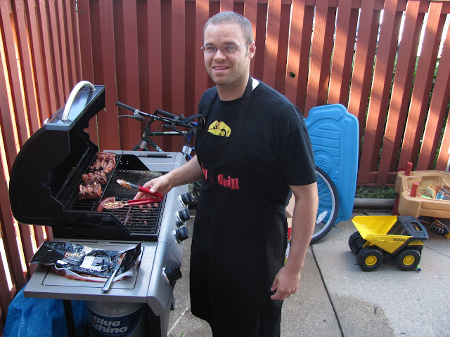 Awesome Kent, grill'n it up