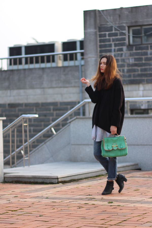 Casual 'n Couture, tangled musings, normcore, winter fashion, fall fashion, dress over jeans, back to school fashion, korean fashion, korean style, layering, zara, boyfriend jeans, oversized sweater, sweater over dress.