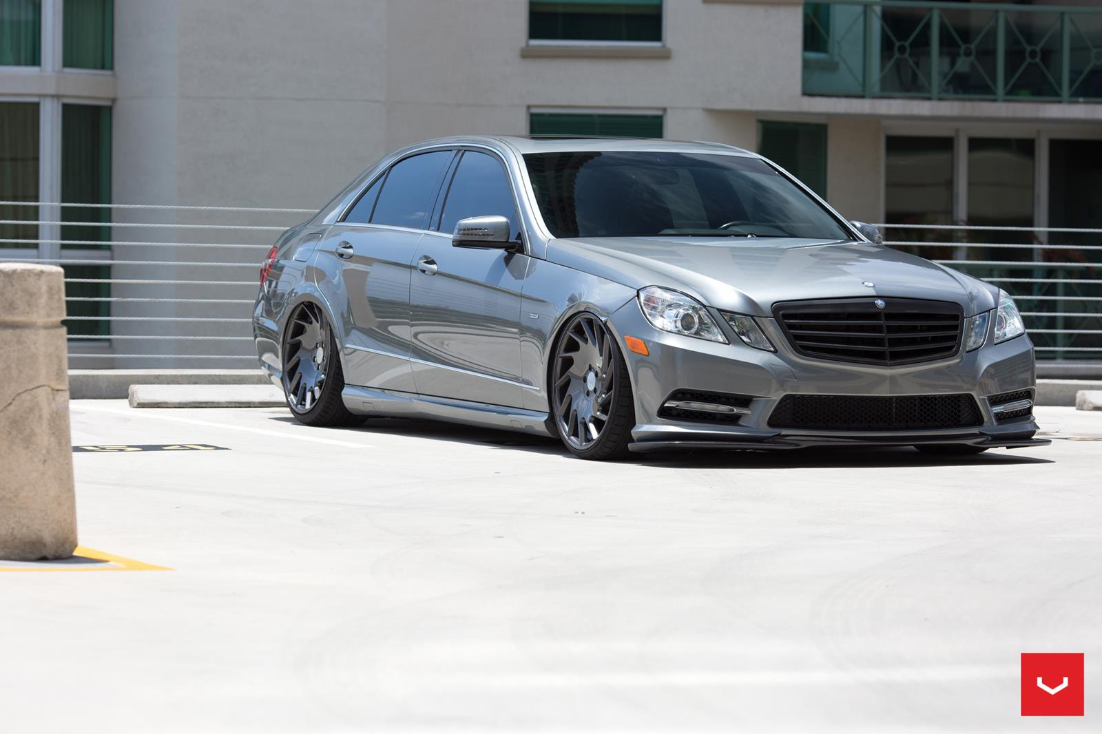 mercedes benz w212 e350 on vossen vle1 benztuning. Black Bedroom Furniture Sets. Home Design Ideas
