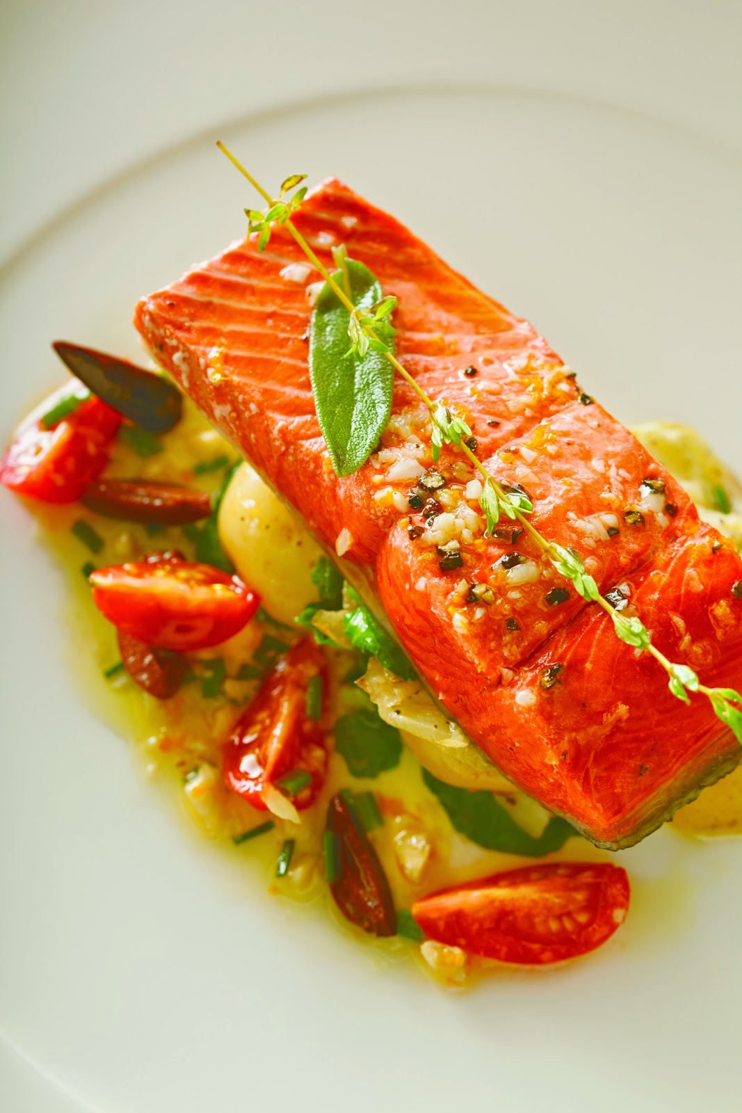 how to cook salmon in olive oil