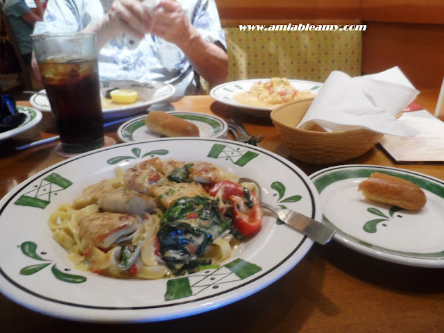 Food Delights And Etcetera Delicious Dinner In Olive Garden At The Millenia Mall