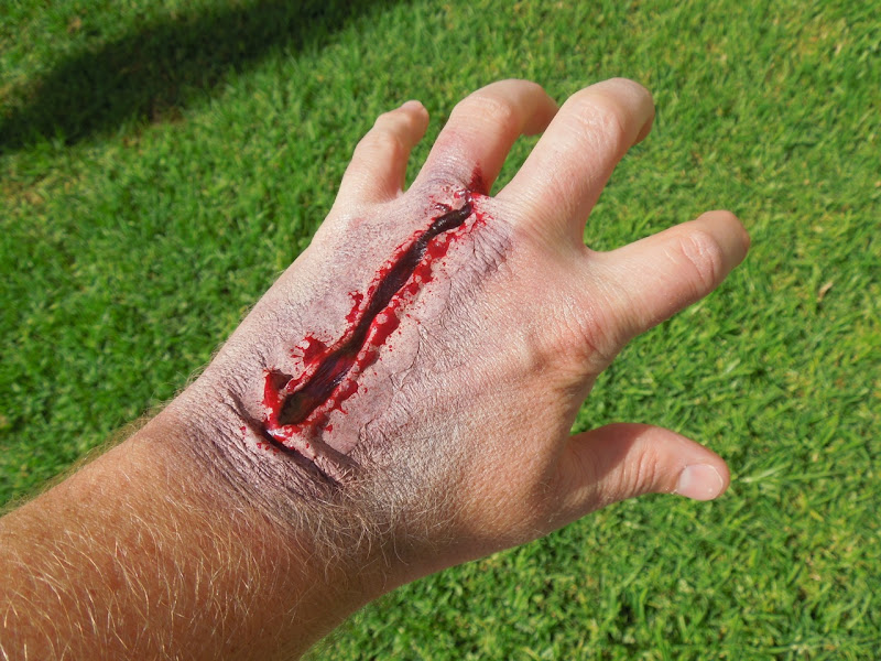 Bloody Halloween hand makeup scar