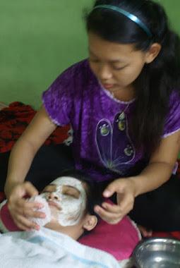 Prosesi Masker Wajah Setelah Dilakukan Totok Aura Wajah