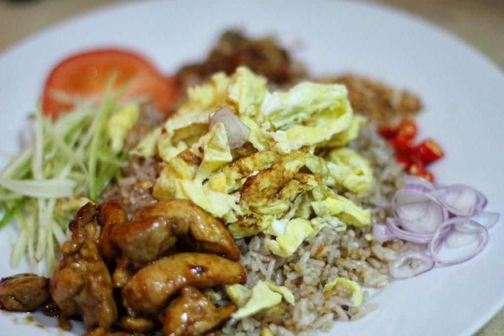Rattana thai restaurant authentic thai cuisine for Authentic thai cuisine