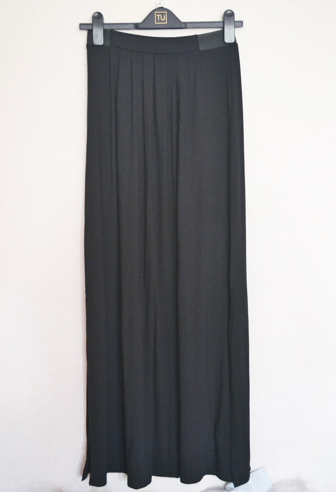 new look black maxi skirt