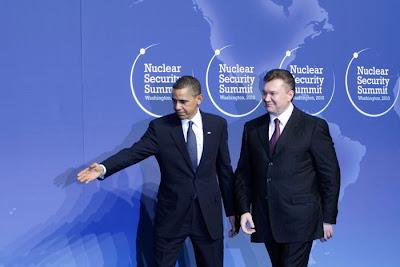 Фото Укринформ: Обама, Янукович