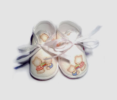 https://www.etsy.com/listing/116561444/baby-shoes-bears-pastel-spring-soft?ref=favs_view_1
