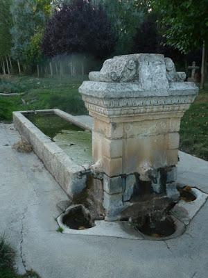 Pilón y fuentes