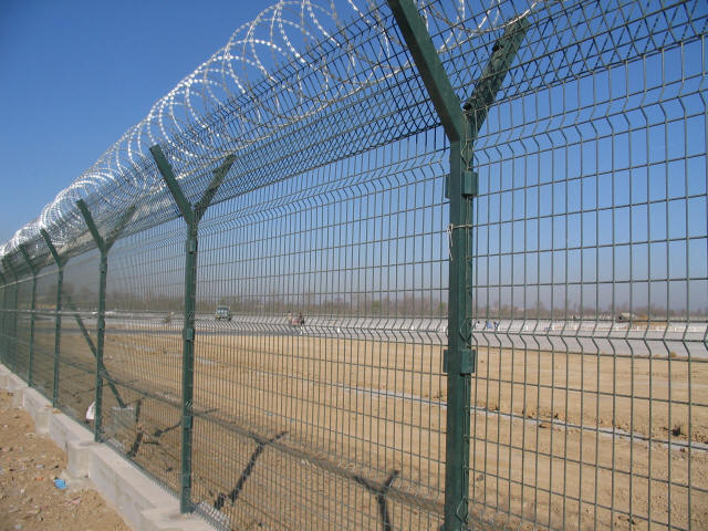 Our range of Fence Tools used for wire fence construction