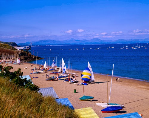 Abersoch is actually popular for its gorgeous sandy beaches