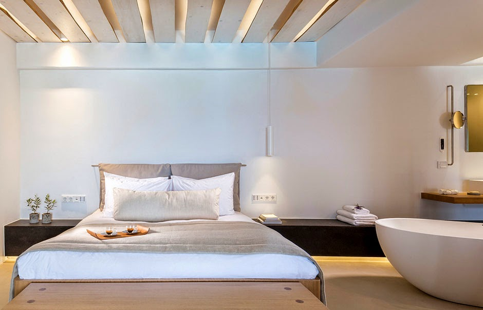 Passion for luxury bill coo suites mykonos for Small hotel groups