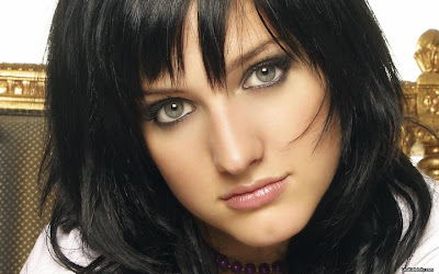 Ashlee Simpson HD Wallpapers