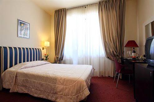 #6 Airport Hotel Florence