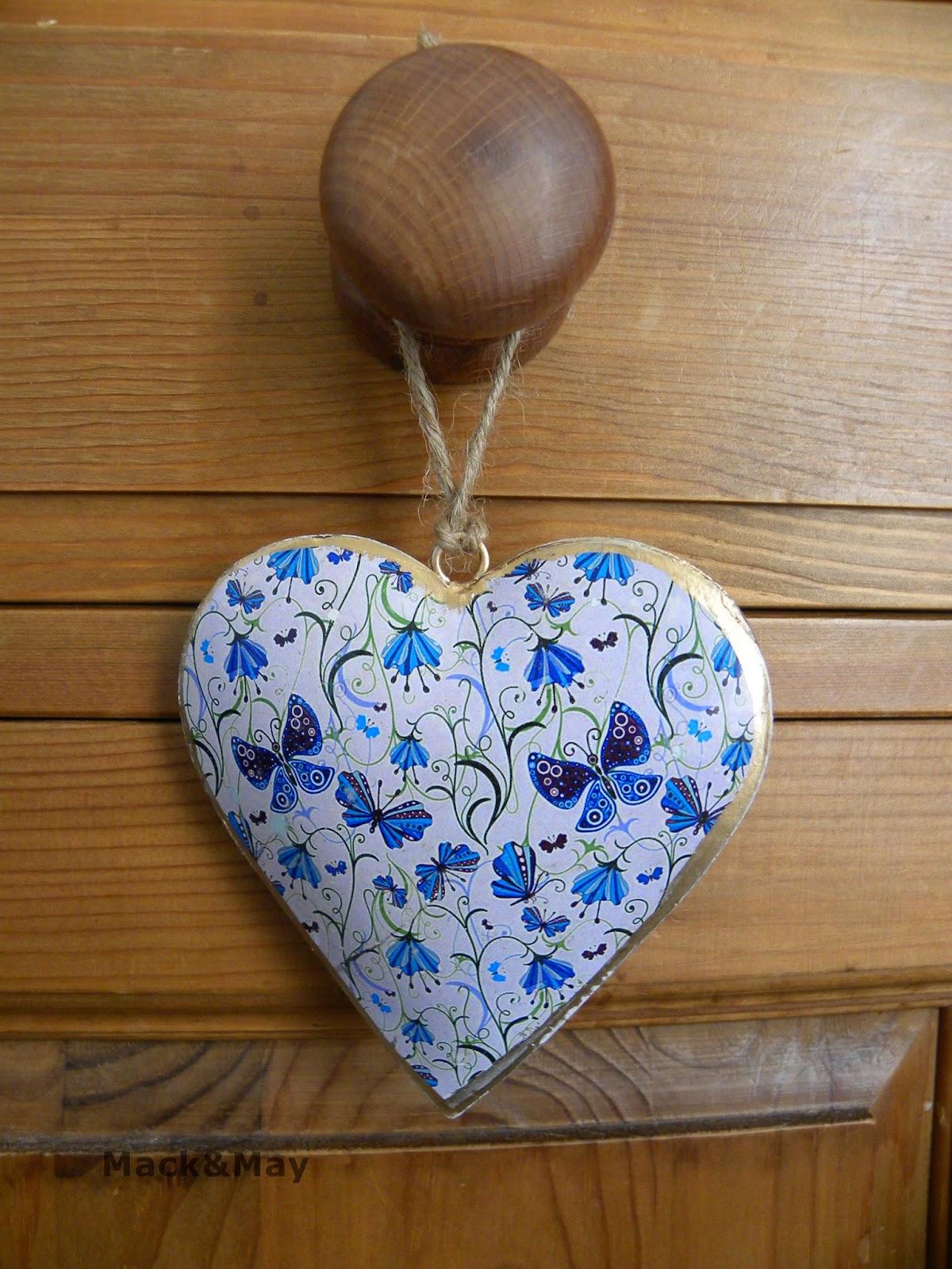 photo of tin heart
