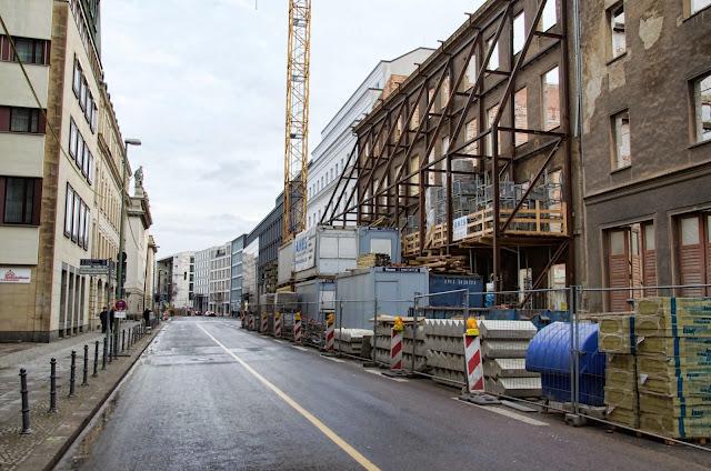 Baustelle Französische Straße, zwischen Markgrafenstraße und Oberwallstraße, 10117 Berlin, 22.12.2013