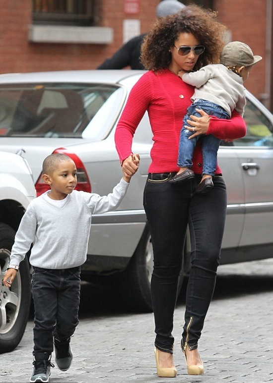 Family Time! Alicia Keys, Swizz Beatz And The Kids!