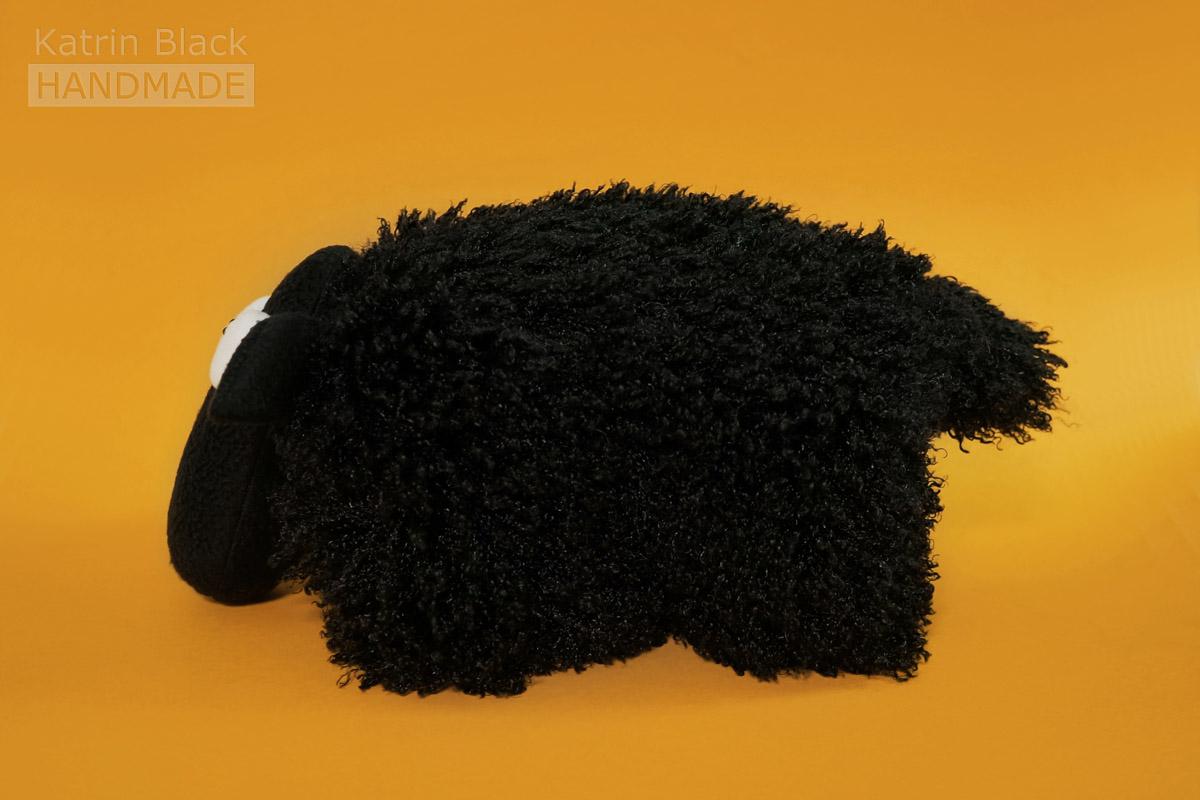 Игрушка Овечка-подушка из меха и флиса. Купить. Своими руками.