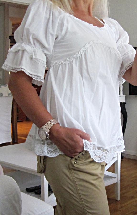 romantiska blusar online