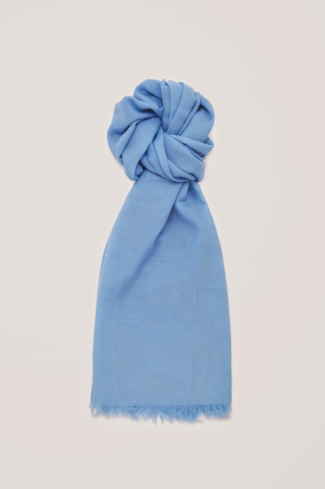good fabric scarf for anyone with psoriasis