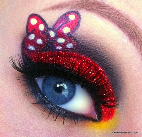 Inspired in Minnie Mouse Make Up.