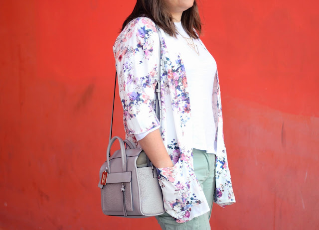 photo-look-street_style-kimono-flowers-coach_bag