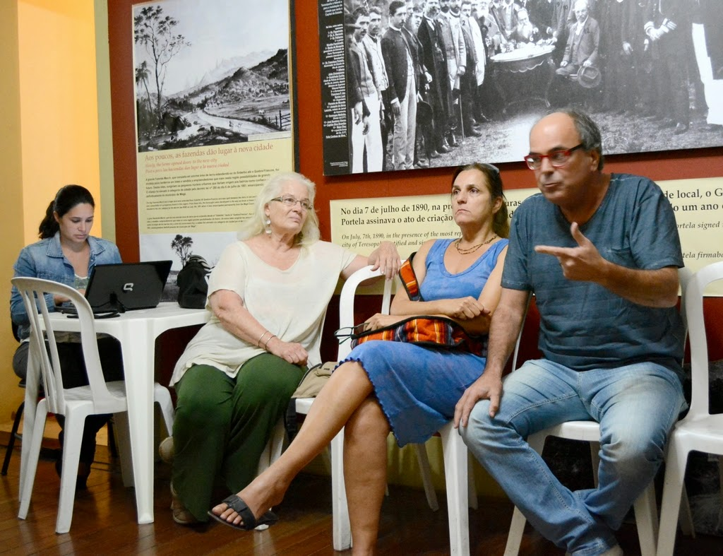 Presente à reunião, o Secretário de Cultura, Ronaldo Fialho, ouviu as demandas e ofereceu apoio aos artistas teresopolitanos