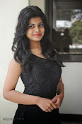 Alekya Photos in Black at Aa Aiduguru Press meet-thumbnail-19