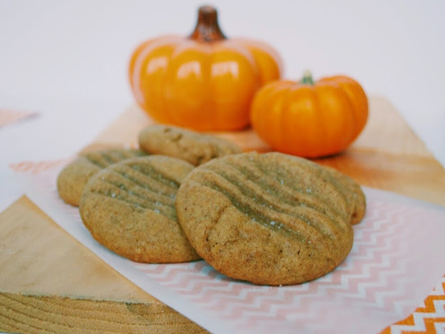 cinnamon-spice-cookies