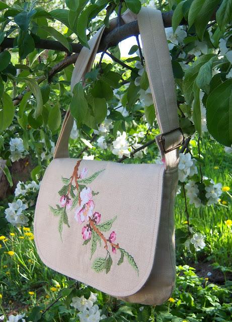 сумка с вышивкой цветы яблони