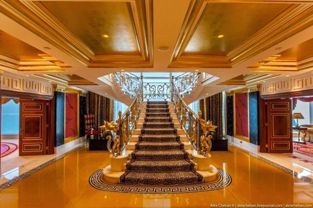 Burj al arab inside the most expensive seven star hotel for Most expensive suite in dubai