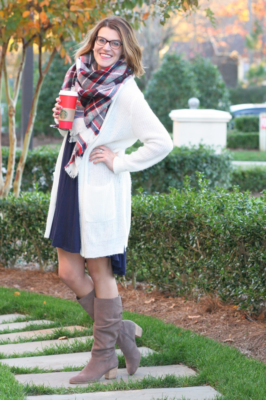 navy-swing-dress-with-white-long-cardigan-for-fall-and-winter