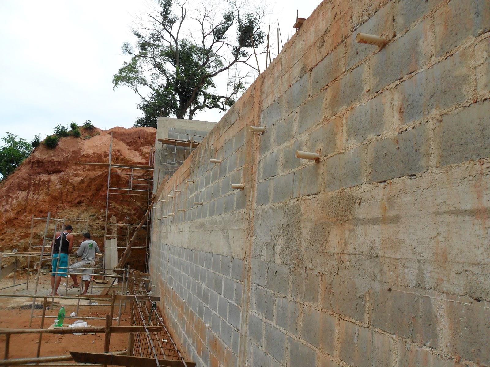 Muro de arrimo em bloco de concreto http livro de fotos de obras de paulo - Fotos terras ...