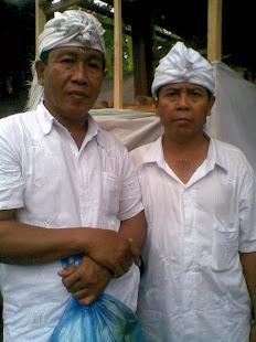 Ketua Koperasi Alas  Sri Sedana dan pengurus