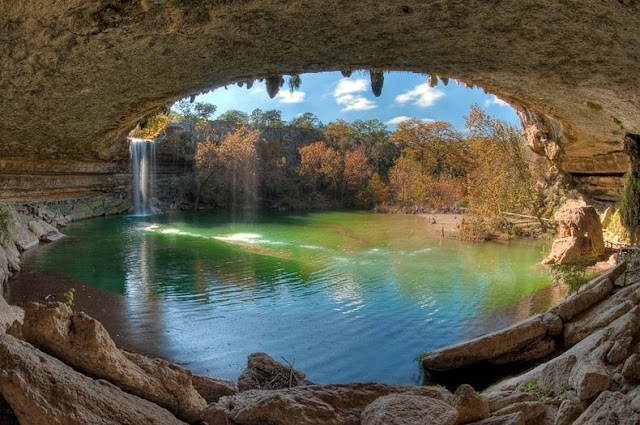 Kolam Alami Paling Indah di Amerika