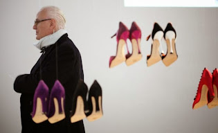 Manolo Blahnik Online @ marissa COLLECTIONS