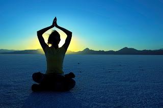 http://2.bp.blogspot.com/-1vg72A1AhoA/UP2lcAM-zmI/AAAAAAAACWs/iomNg2pLgrs/s320/Yoga.jpg