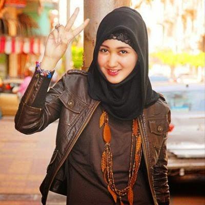 6 Model Jilbab Fashion Sehari Hari Terbaru Ala Dian Pelangi