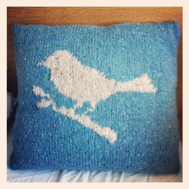 Bird knitted cushion cover DIY