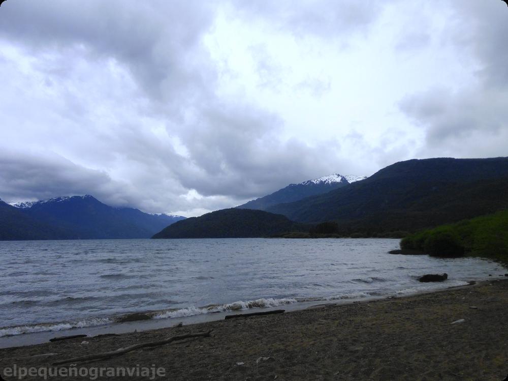 Lago Puelo, patagonia,
